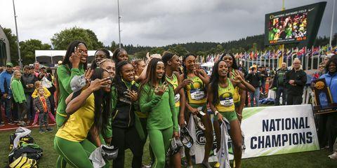 Oregon celebrates triple crown