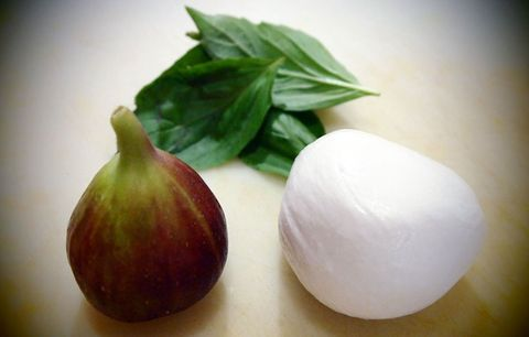 Mozzarella and figs