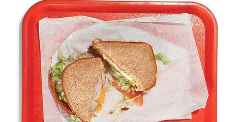 sandwich on tray