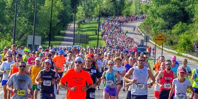 online store daadd bb7cf Bucket List  10 Great Marathons for First-Timers   Runner s World