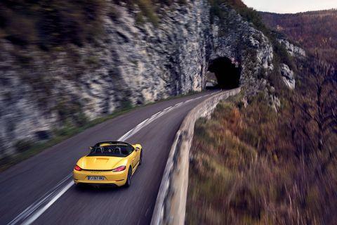 2020 Porsche 718 Boxster / Cayman: Car and Driver's 10Best