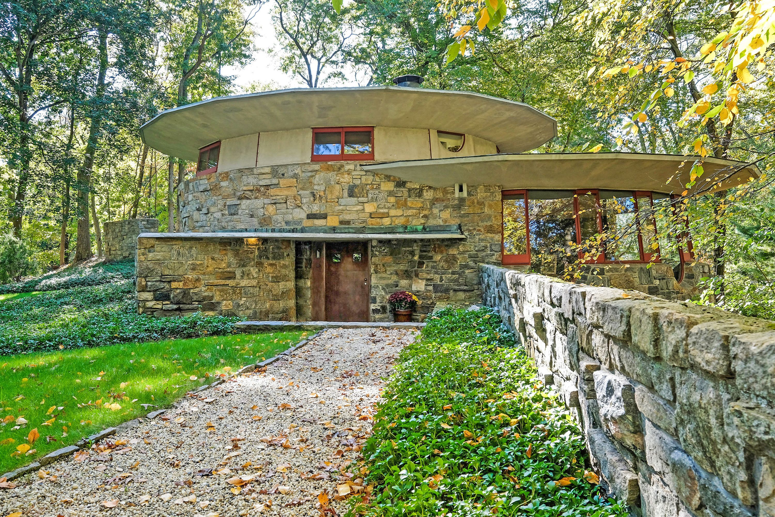 Frank Lloyd Wright House Toyhill