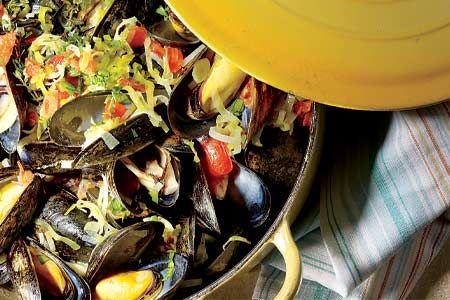 Mussels in Beer Broth
