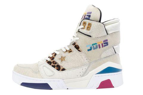 Shoe, Footwear, White, Sneakers, Product, Beige, Athletic shoe, Skate shoe, Walking shoe, Boot,