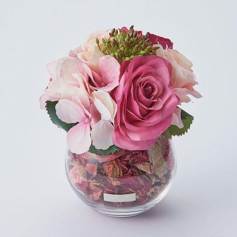Flower, Cut flowers, Garden roses, Pink, Flower Arranging, Bouquet, Rose, Floristry, Floral design, Plant,