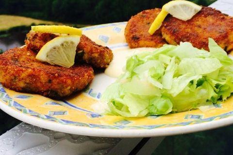 Plateau, Alimentation, Cuisine, Ingrédient, Friture, Fishcake, Cutlet, Fritter, Produce, Meat,