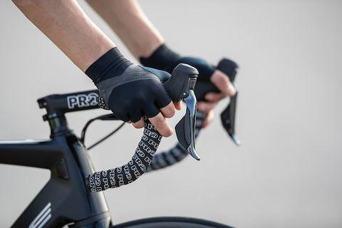 Hoe moet je schakelen op een racefiets of mountainbike?
