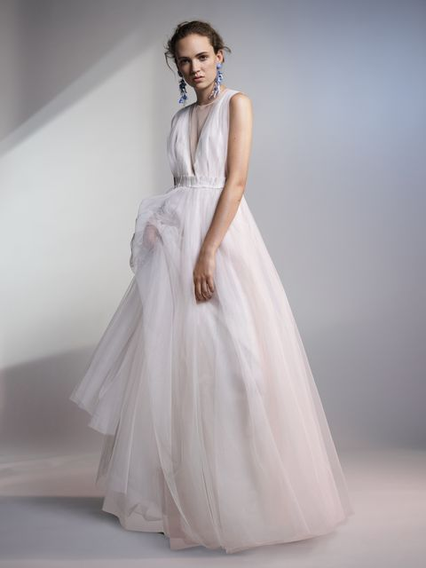 H&M\'s Conscious Exclusive collection includes a stunning wedding dress