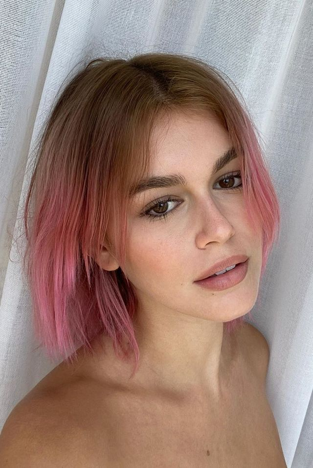kaia gerber, model, pink hair