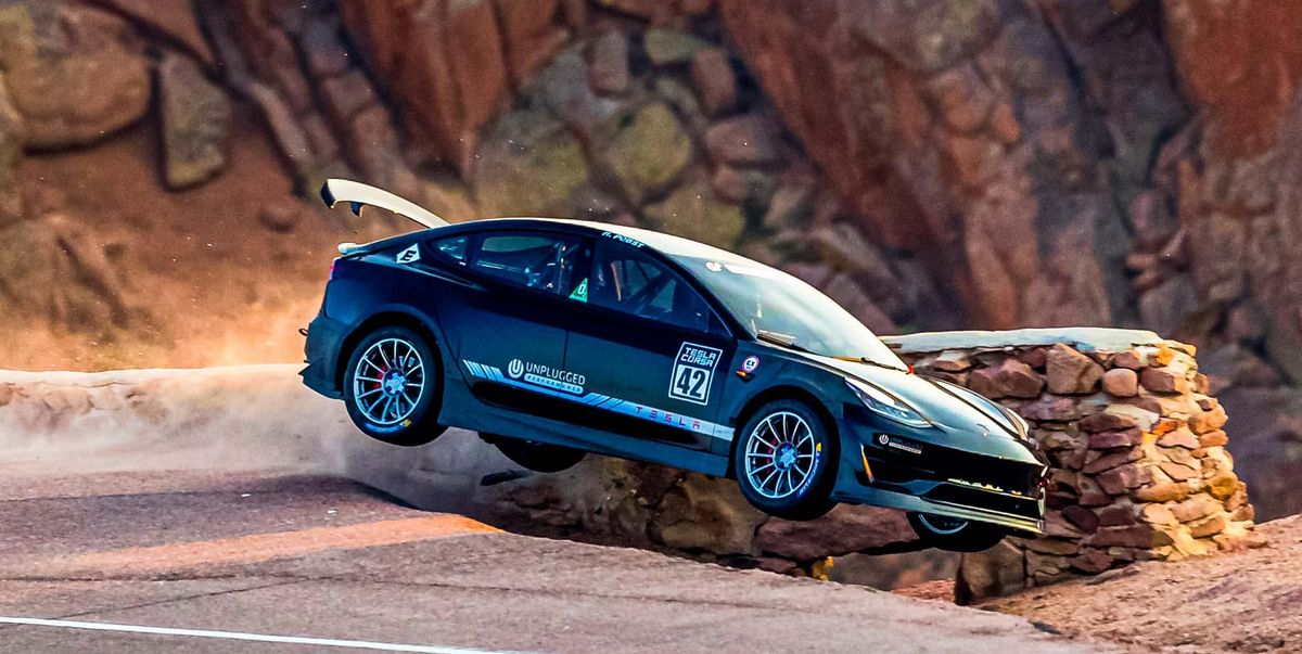 Video: Two Teslas Crash at Pikes Peak, One Driver Hurt