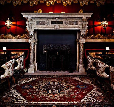 Carpet, Stage, Theatre, Building, Architecture, heater, Flooring, Room, Door, Furniture,