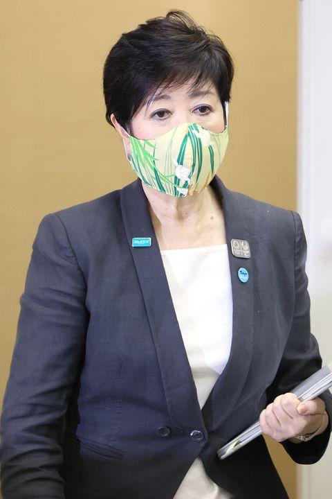 の 小池百合子マスク どこ