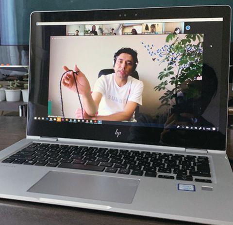 広尾の新スポット、イートプレイワークスで開講中の瞑想ラウンジ「スワル メディテーション」のオンラインレッスンを体験