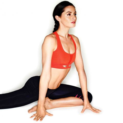 THIS Is The Perfect Yoga Routine For People Who Never Do Yoga