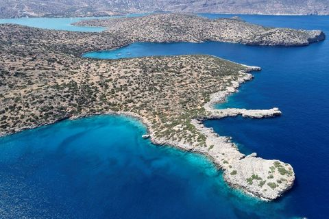 the blue palace, crete