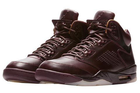 Shoe, Footwear, Brown, Sneakers, Basketball shoe, Outdoor shoe, Walking shoe, Athletic shoe, Hiking boot, Boot,