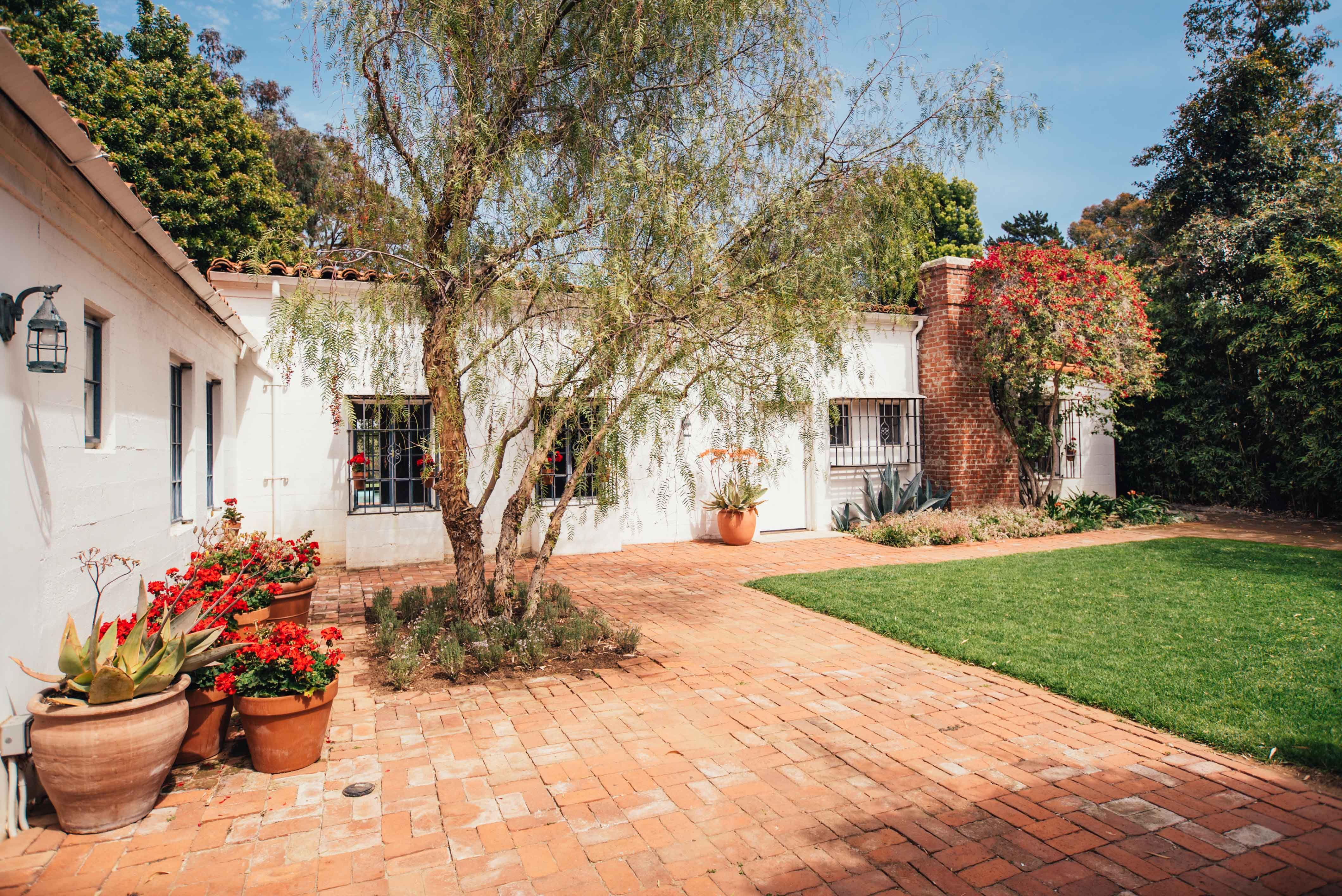 Marilyn Monroe House Brentwood For Sale