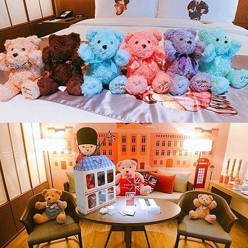 滿滿的泰迪熊主題房太萌啦!《台南晶英酒店》讓妳免費帶回泰迪熊周邊、免出門就大啖台南小吃和獨家戶外飛輪課根本台南住宿首選!