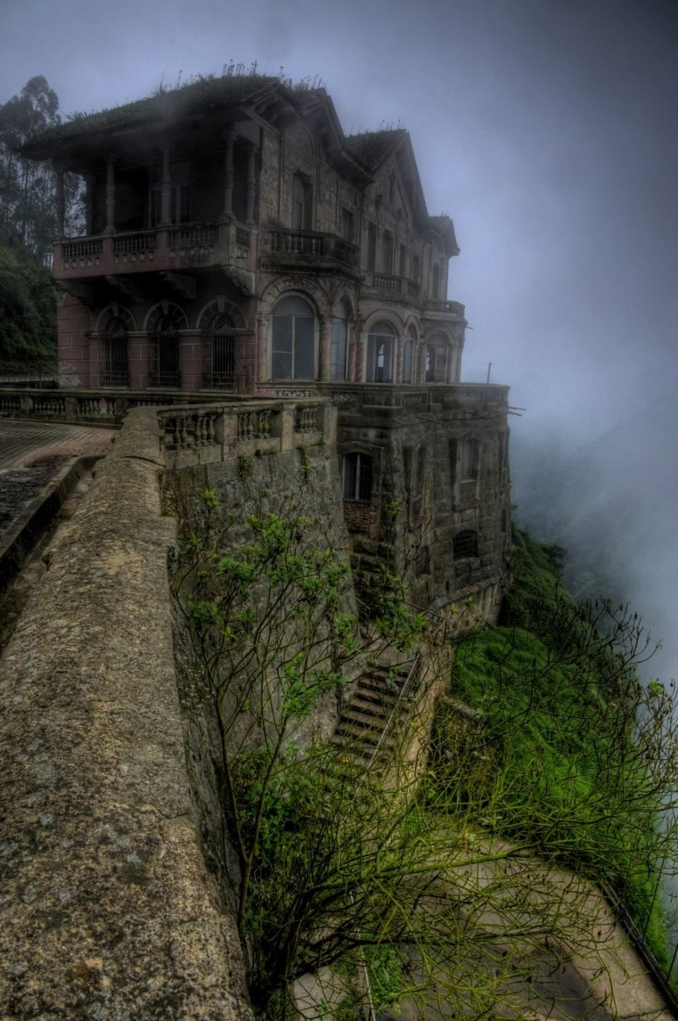 30 Most Beautiful Abandoned Places