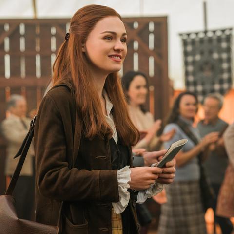 Outlander S Sophie Skelton On Brianna S Risky Decision