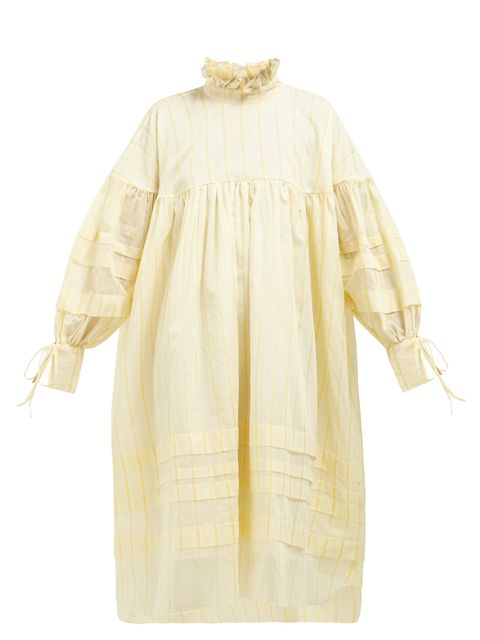 Clothing, White, Sleeve, Yellow, Outerwear, Robe, Dress, Beige, Blouse, Day dress,