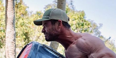 Chris Hemsworth Is Officially Hulk Hogan-Level Jacked in a New Instagram