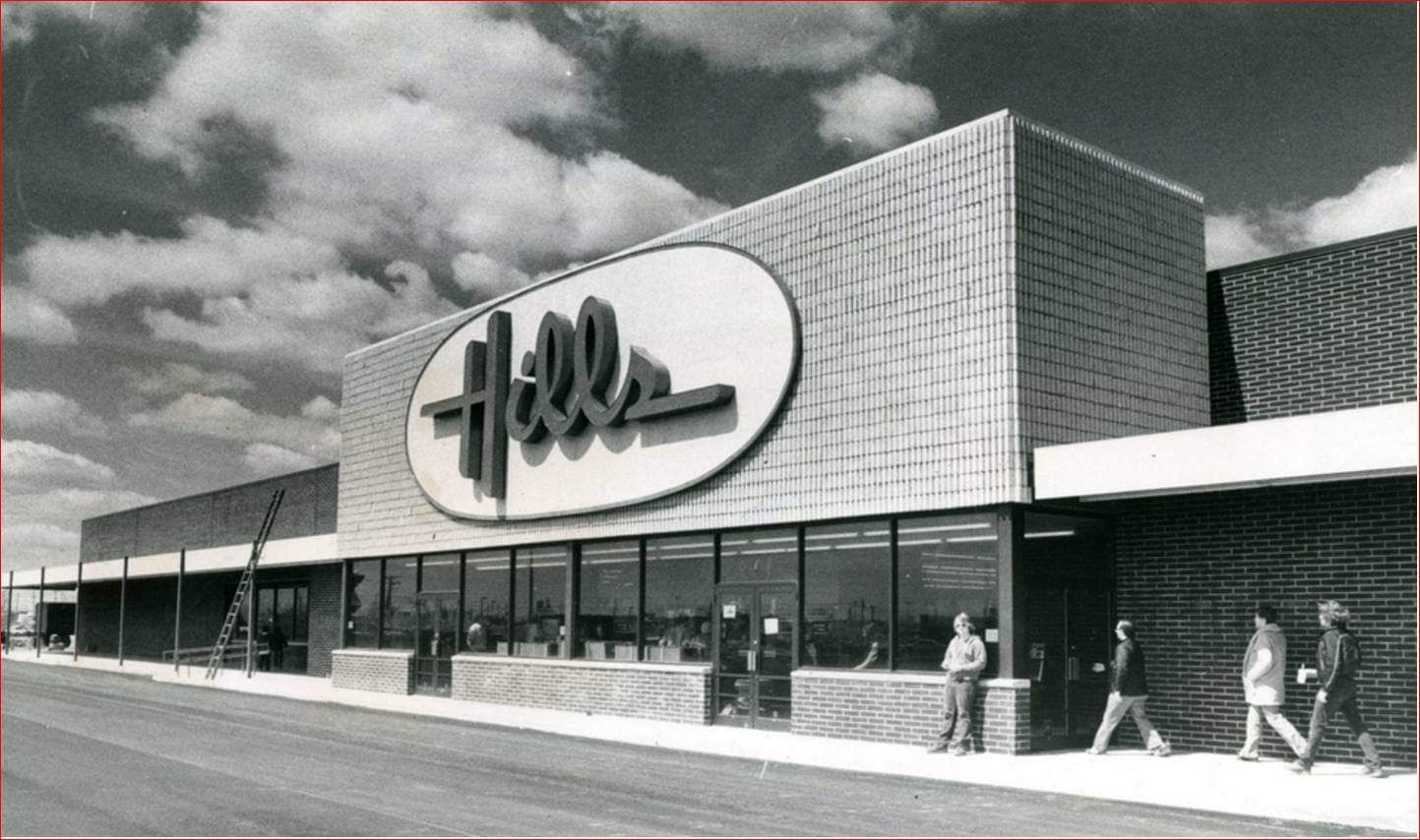 aca2018697f Iconic Stores You Grew Up With That Are No Longer Around