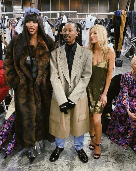 Clothing, Fashion, Fur, Fur clothing, Street fashion, Event, Fashion design, Costume, Outerwear, Haute couture,