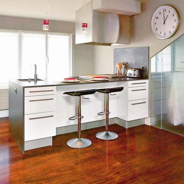 12 cocinas con barra y sus planos for Cocinas completas con electrodomesticos