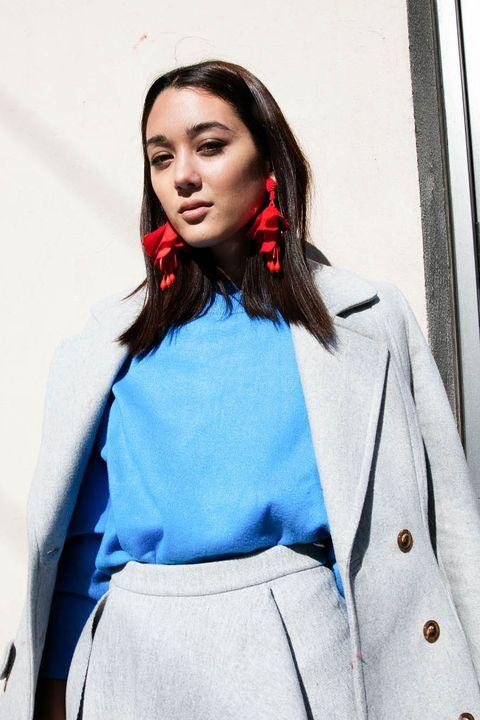 Sleeve, Collar, Style, Lipstick, Street fashion, Uniform, Blazer, Electric blue, Fashion, Fashion model,