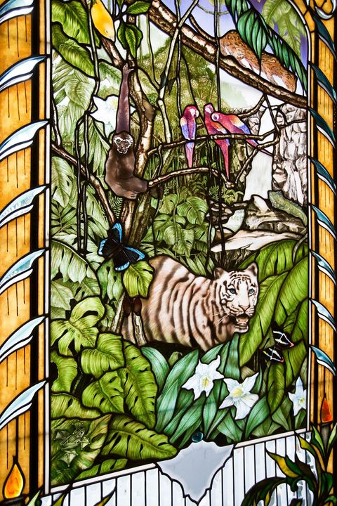 Wildlife, Glass, Felidae, Organism, Window, Bengal tiger, Stained glass, Plant, Siberian tiger,