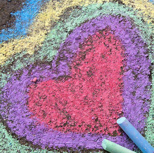 13 Best Chalk Art Ideas Easy Sidewalk Chalk Ideas