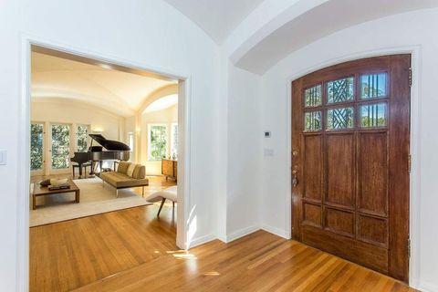 李奧納多15億豪宅不走《華爾街之狼》奢華風!童話屋外觀、心靈冥想室?這反差也太大
