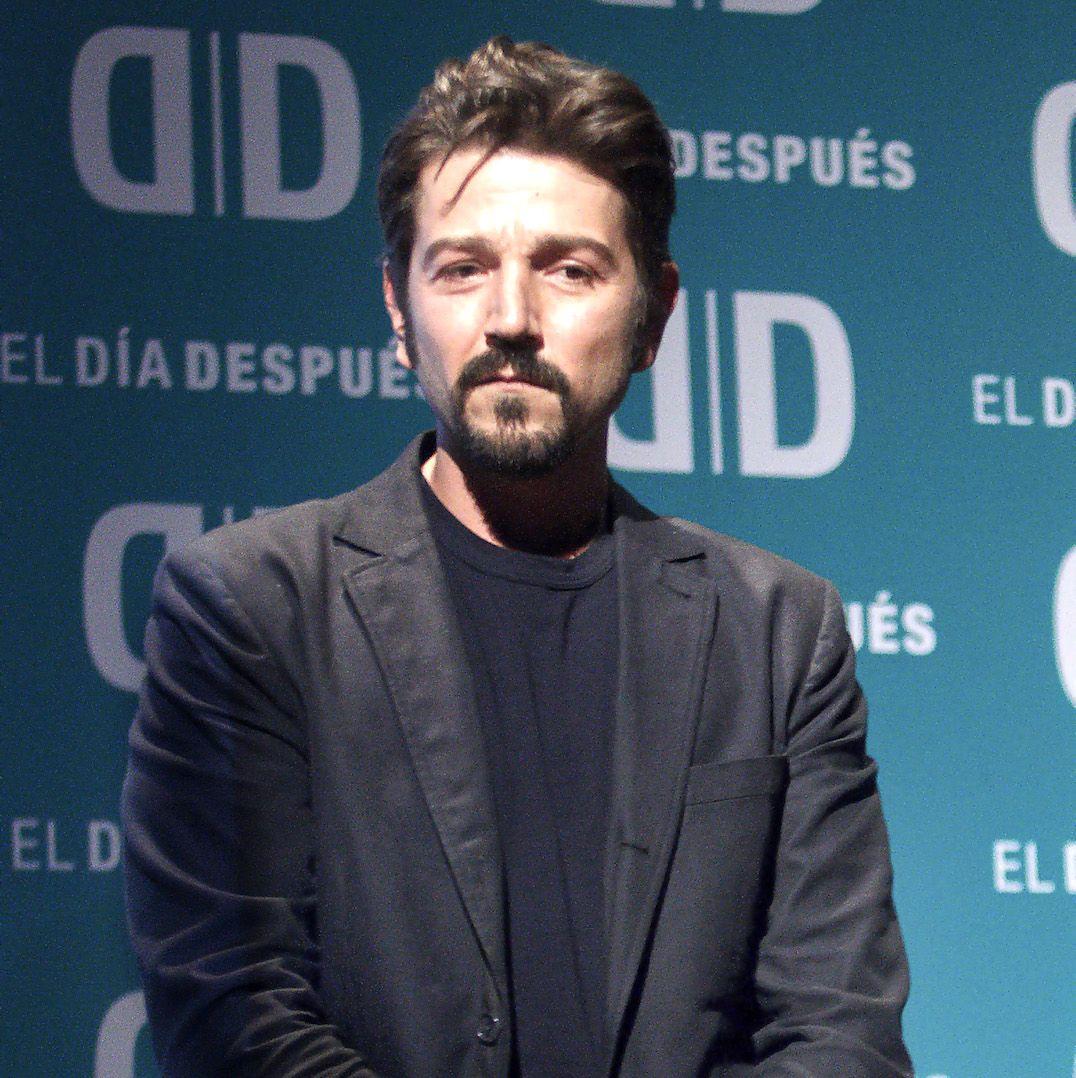 Diego Luna hace un llamado contra la violencia de género
