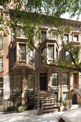 Michael Feinstein Manhattan Townhouse For Sale - Michael