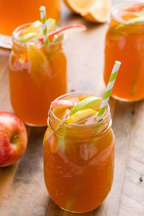 Food, Juice, Ingredient, Non-alcoholic beverage, Mason jar, Vegetable juice, Drink, Apple, Shrub, Apple cider,