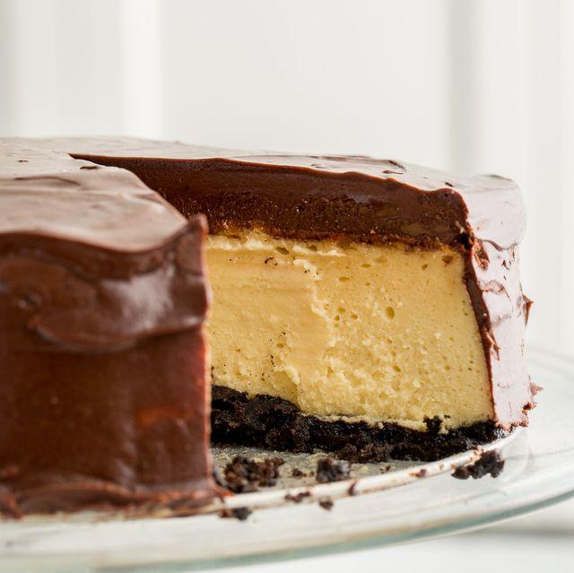 Dish, Food, Dessert, Cake, Cuisine, Chocolate, Ingredient, Baked goods, Chocolate cake, Frozen dessert,