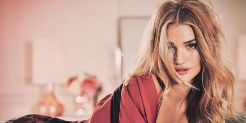 Hair, Blond, Beauty, Hairstyle, Photo shoot, Model, Fashion, Long hair, Photography, Lip,