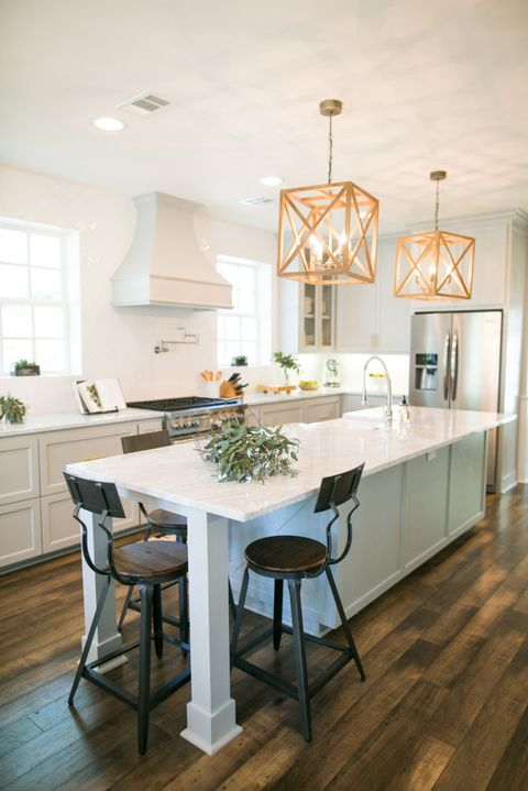Is Fixer Upper Real Or Fake Behind The Scenes Of Hgtv S