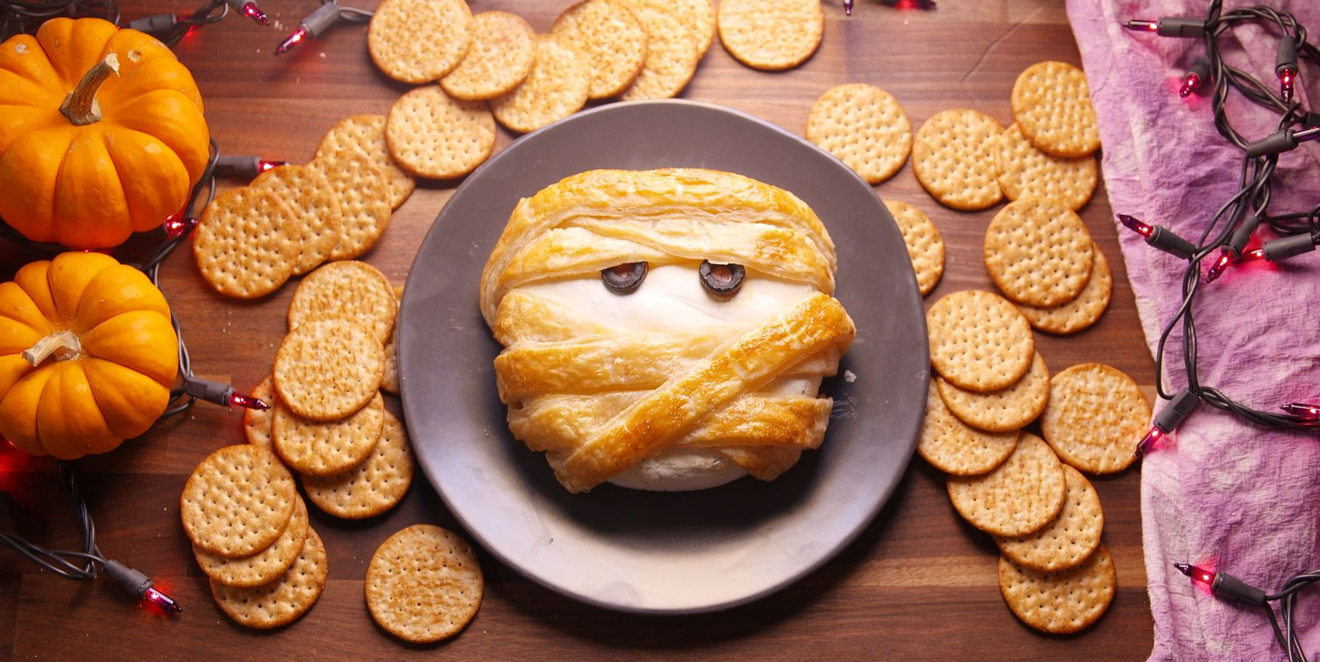 20 Halloween Food Ideas So Good, They're Scary