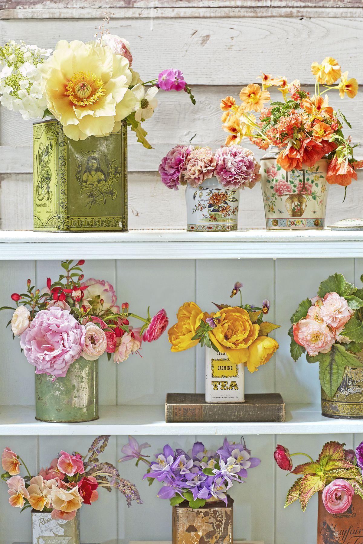 diy flower arrangements  sc 1 st  Country Living Magazine & 37 Easy Floral Arrangement Ideas - Creative DIY Flower Arrangements