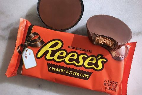 Chocolate, Food, Snack, Sweetness, Peanut butter cup, Confectionery, Peanut butter, Cuisine, Toffee,
