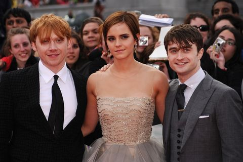 london, england   july 07  l r rupert grint, emma watson and daniel radcliffe attend the world premiere of harry potter and the deathly hallows   part 2 at trafalgar square on july 7, 2011 in london, england  photo by ian gavangetty images