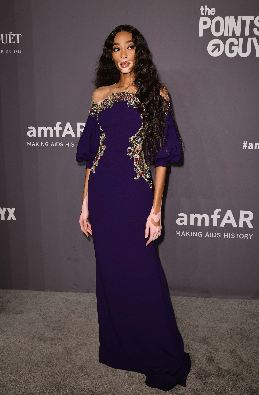 c956e122b La amfAR New York Gala 2019 y los vestidos más espectaculares de las  famosas - Los vestidos de la amfAR New York Gala 2019