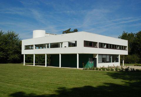 Casa moderna tetto piatto simple casa in legno sky view for Case bellissime moderne