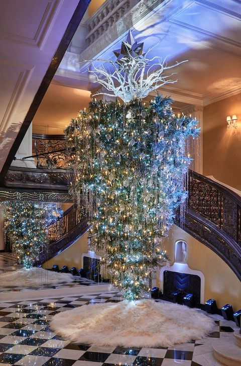 claridges - London Christmas Decorations