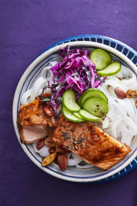 salmon-recipes - salmon-noodle-bowl