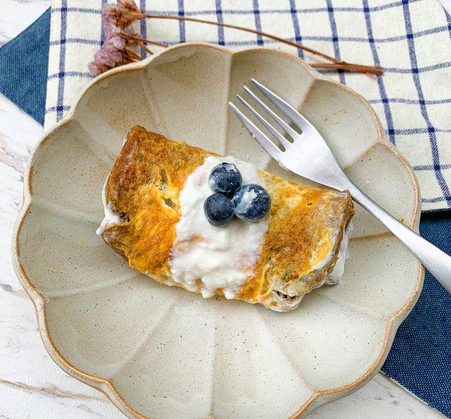 藍莓優格土司蛋捲
