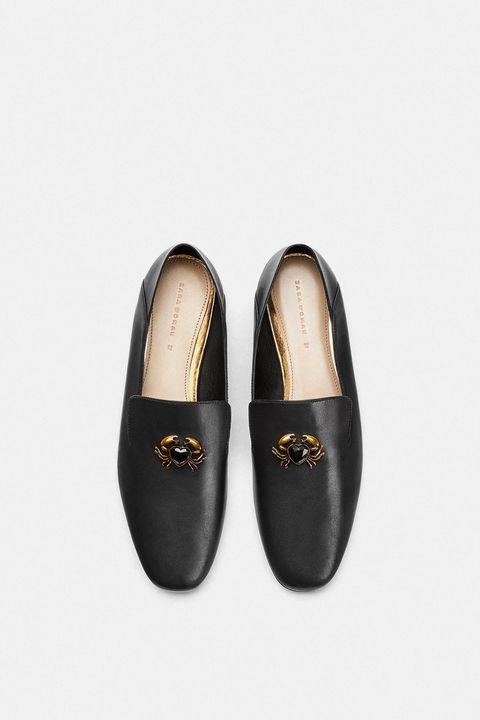Footwear, Shoe, Beige, Mary jane, Slipper, Ballet flat,