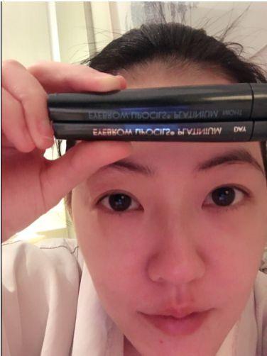 Eyebrow, Face, Hair, Forehead, Skin, Nose, Cheek, Eyelash, Head, Eye,